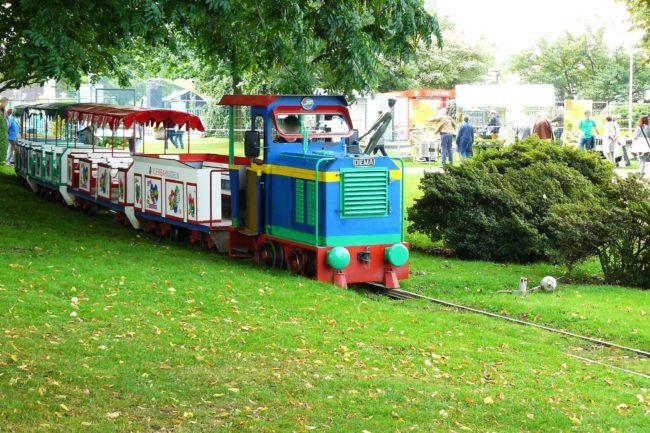 Bimmelbahn im Rheinpark