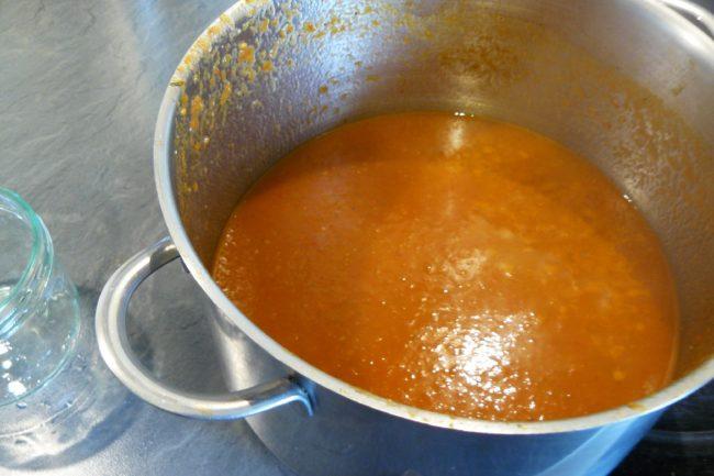 Tomatensoße einkochen