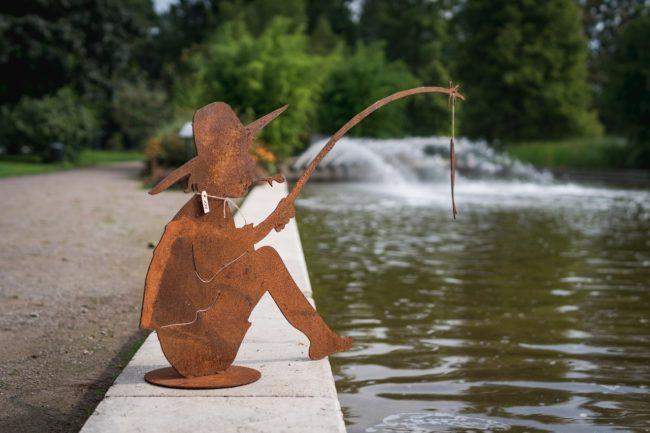 Angler aus Cortenstahl