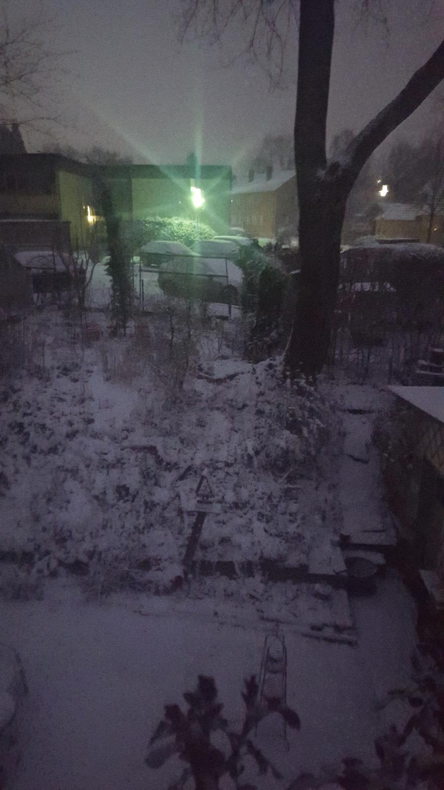 Schneefall über Nacht