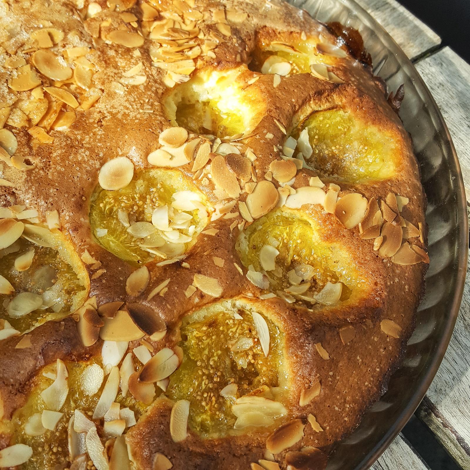 Kuchen mit frischen Feigen